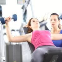 バストアップに筋肉トレーニングが必要?胸の脂肪は残して、適度な筋力を保つ秘訣