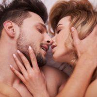 エストロゲンの副作用とは?女性ホルモンって危ないの?正しく美しくなるための基礎知識