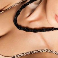 美しいデコルテラインを作る方法!目を引く女性らしい鎖骨を目指そう