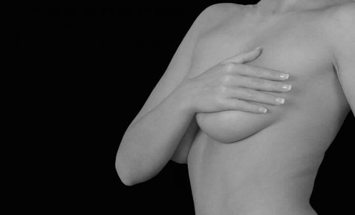 1日3分以内♪誰でも簡単にできる胸のサイズアップ方法7選